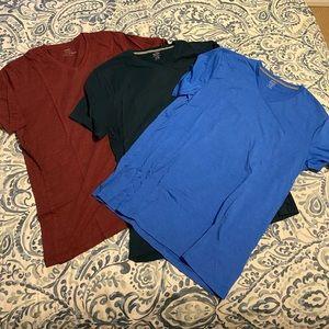 Old Navy LARGE TALL Men's V Neck - 3 Shirts!